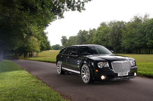 Chrysler-300C-Touring-SRT8.jpg