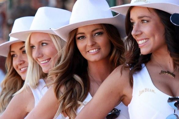 V8 Supercars Grid Girls 5