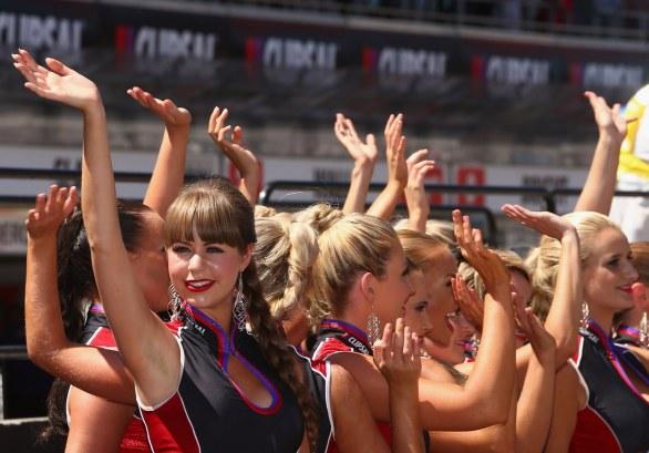 V8 Supercars Grid Girls 6