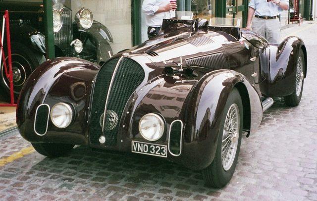 Coys_vintage_car_501593_fh000035