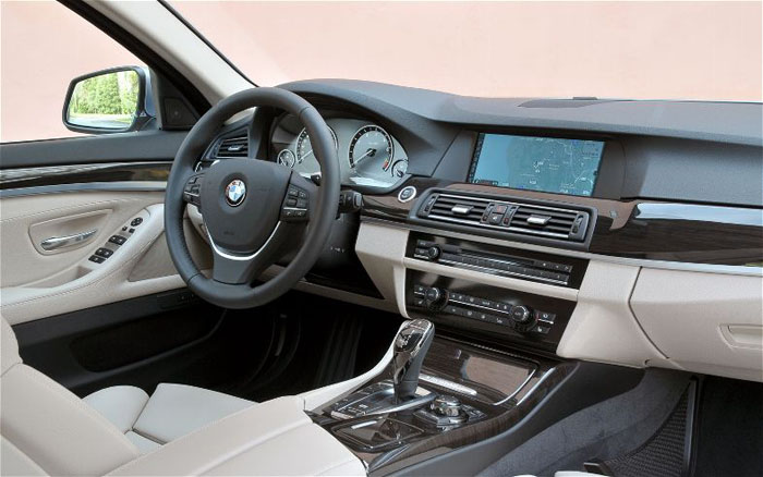 BMW ActiveHybrid 5 Interior