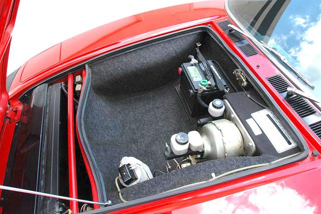 De Tomaso Pantera Engine 350hp