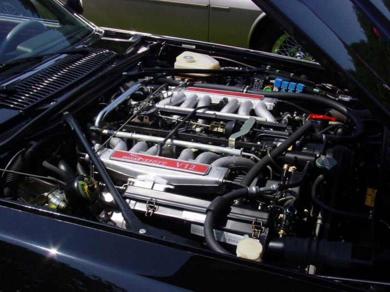 Jaguar XJR Engine