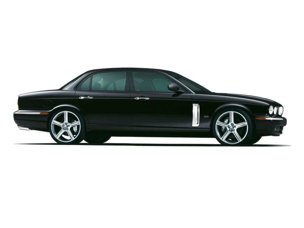 Jaguar XJR Side View