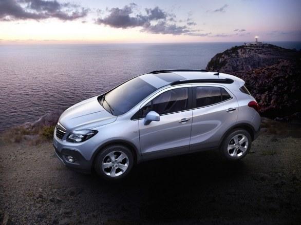 Opel Mocha Side View