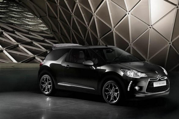 Citroen DS3 cabrio front view