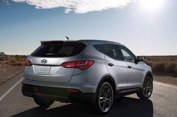 Hyundai Santa Fe Rear View