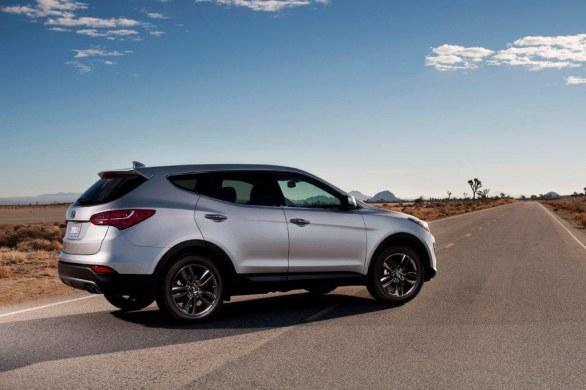 Hyundai Santa Fe Side View