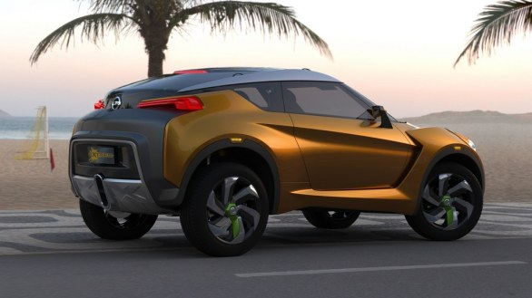 Nissan Extrem side view
