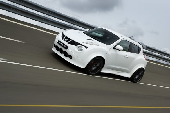 Nissan Juke-R Front View