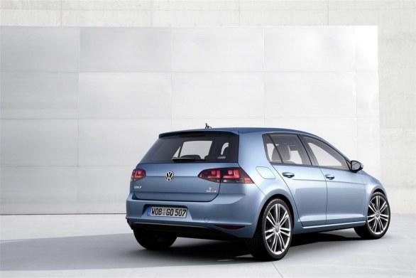 Volkswagen Golf 7 Comfortline rear view