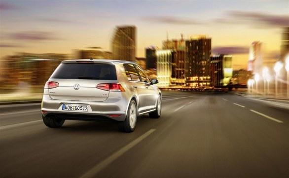 Volkswagen Golf 7 Trendline rear view