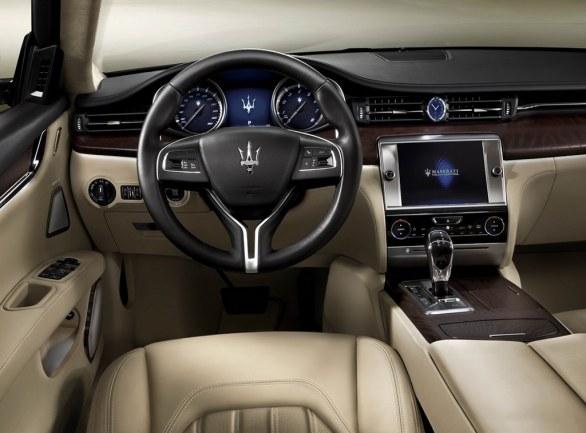Maserati Quattroporte Dashboard