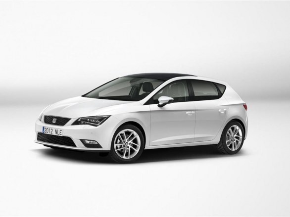 Seat Leon Side View