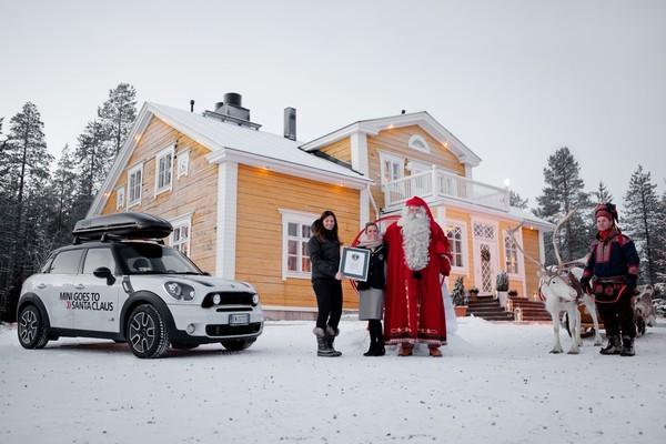 Santa Claus and Mini