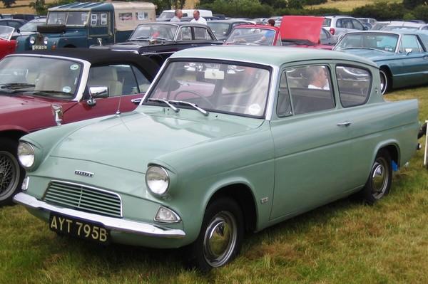 Ford Anglia 105E