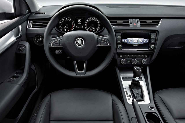 Skoda Octavia MY 2013 steering wheel