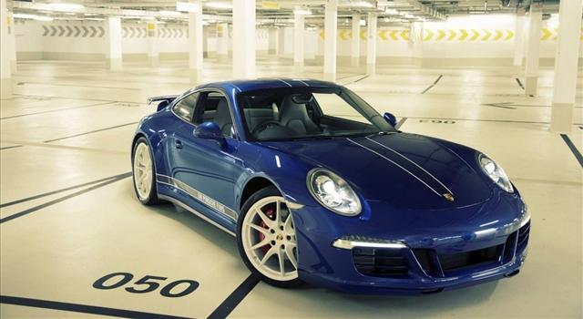 Porsche 911 Facebook