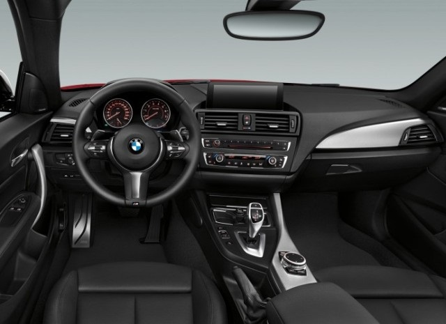 BMW Series 2, interior