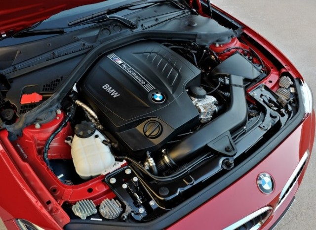 BMW Series 2, engine
