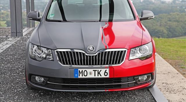 Skoda Superb Front View