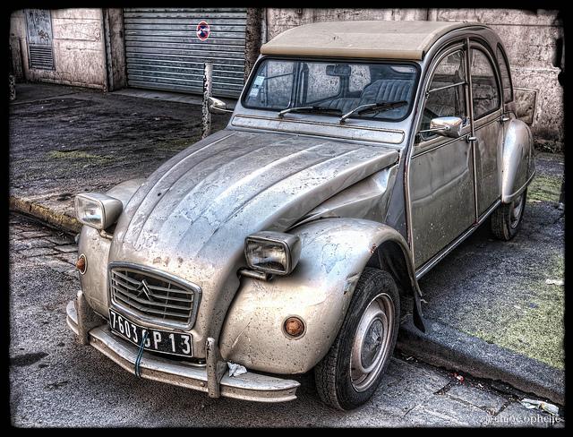lonley car