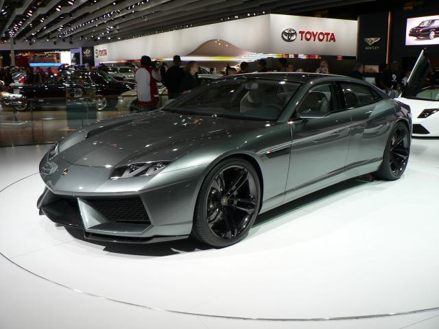 Lamborghini_Estoque_2
