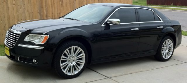2011_Chrysler_300C