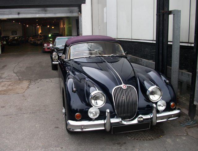 flickr_-_duncan-_-_classic_cars